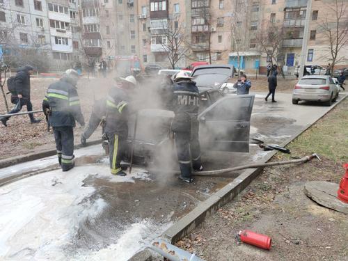 В Харькове водитель, рискуя жизнью, спас несколько автомобилей (видео, дополнено)