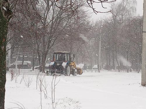 Снегопад: как в Харькове борются со стихией (фото)