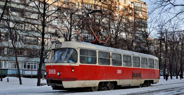 Снегопад в Харькове: как работал городской транспорт