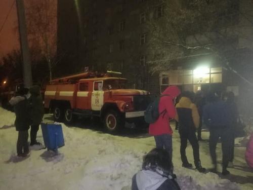 ЧП в студенческом общежитии Харькова: эвакуировали почти полсотни людей (фото)