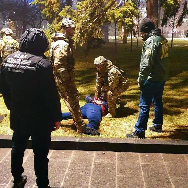 Сотни долларов за перевоз контрабанды. В Харькове взяточник отделался штрафом