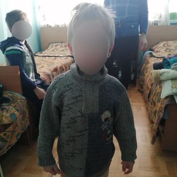 Двух замерзших детей обнаружили в доме на Харьковщине
