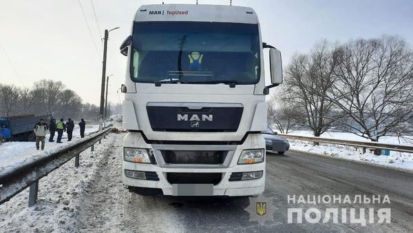 Серьезное ДТП под Харьковом: полиция сообщила о пострадавшем