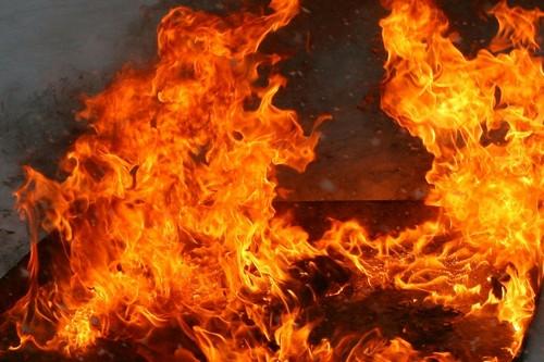 Масштабный пожар в Харькове: 15 человек погибло (фото, видео)