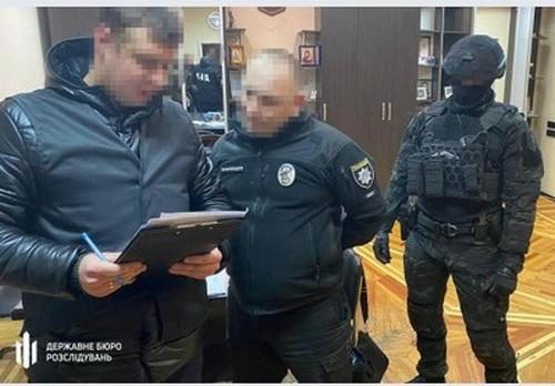 На Харьковщине полицейский начальник угодил в крупный скандал (фото, видео)