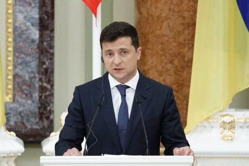 Из-за пожара в харьковском пансионате Зеленский анонсировал еще одну реформу