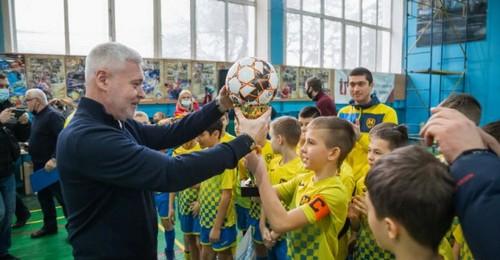 В Харькове наградили детей-победителей