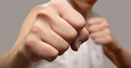 Молодежная потасовка в Харькове: пострадали двое парней