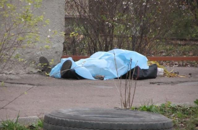 В центре Харькова мужчина разбился насмерть (видео)