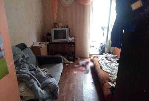 Избил, пытался задушить и зарезать: в Харькове молодой мужчина напал на родственницу (фото)