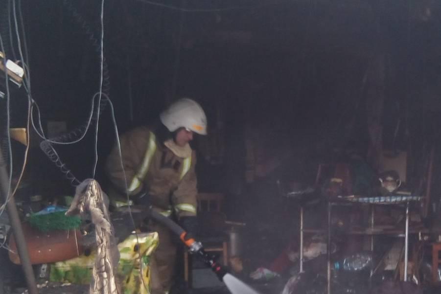 Под Харьковом в гараже обнаружили мертвого мужчину (фото)