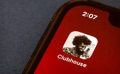 Все говорят о новой соцсети Clubhouse: что о ней нужно знать