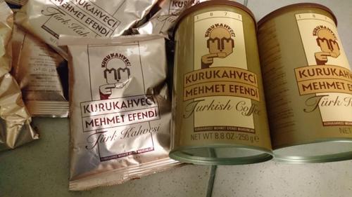 В Харькове остановили иностранца, который набрал слишком много товара (фото)