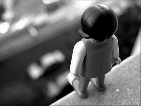 Детские самоубийства: как избежать трагедии (видео)