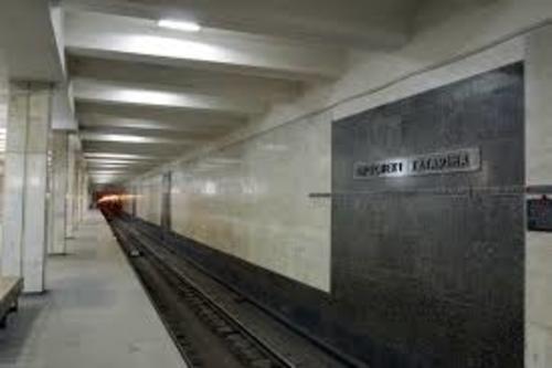 Происшествие в харьковском метро: машинист выскочил из кабины и побежал