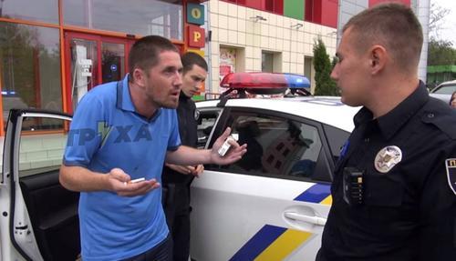 За грубость в сторону полиции харьковчанам придется расплачиваться