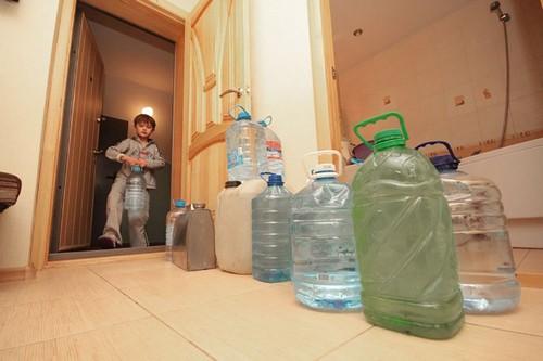 ЧП в Лозовой: стало известно, когда жители города смогут свободно пользоваться водой из крана