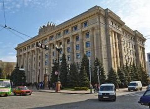 Коронавирус на Харьковщине: стало известно, кто из медиков может рассчитывать на материальную помощь