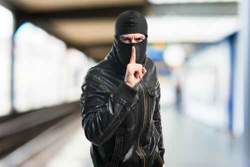 Предприимчивый мужчина обвел вокруг пальца доверчивую жительницу Харьковской области