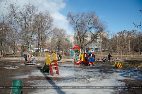 В Харькове обновят большой сквер (фото)