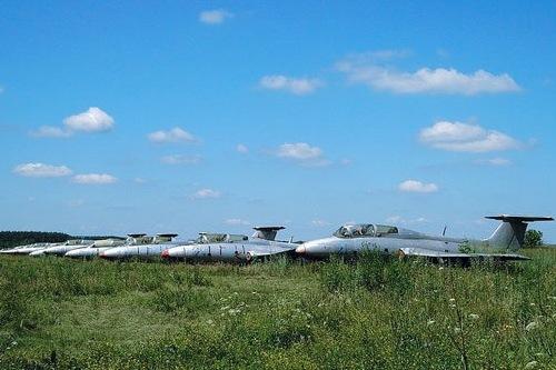Остров погибших летающих кораблей. Экстремальный туризм по-харьковски