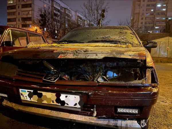 В Харькове и области сгорело несколько машин (фото)