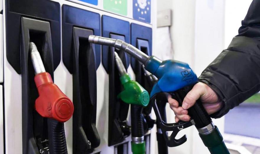 Заправить автомобиль стало еще дороже. Где найти дешевый газ на Харьковщине