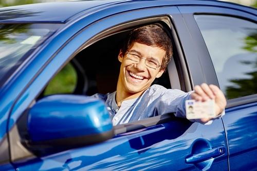 Харьковские водители смогут получить права и зарегистрировать авто еще в двух центрах админуслуг