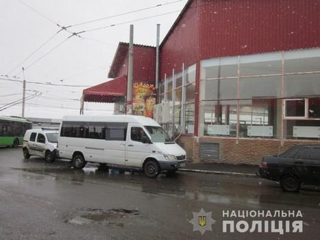 Нападение на водителя маршрутки в Харькове: в полиции озвучили подробности (фото)