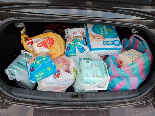 Брошенный младенец в туалете на Харьковщине: ребенку собрали помощь