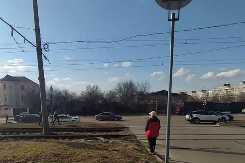 Происшествие на проспекте в Харькове: пострадавшему понадобилась помощь скорой (фото, видео)