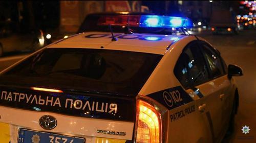 В Харькове мужчина обратился к полицейским с компрометирующим предложением