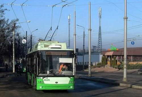 В Харькове перемоют городской транспорт