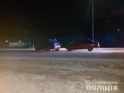 На Харьковщине два автомобиля столкнулись лоб в лоб (фото)