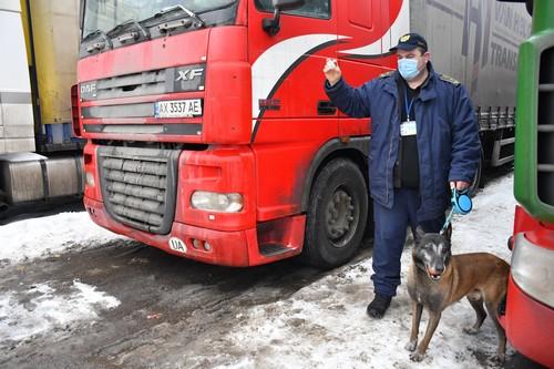Названо имя главного борца с контрабандистами в Харьковской области (фото)