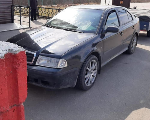 Мужчина разъезжал по Харьковщине на угнанном за границей автомобиле