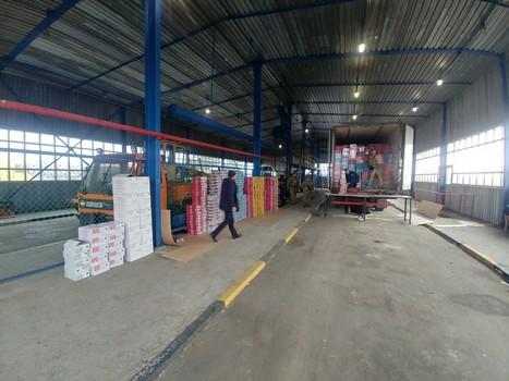 На Харьковщине изъяли тонны заграничных сладостей (фото)