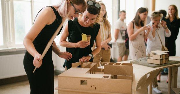 В Харькове школьники могут примерить на себя роль архитектора