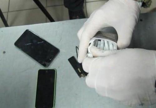 В Харьковской области мужчина попал в неприятности из-за содержимого карманов (фото)