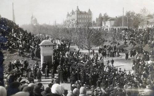 22 апреля в истории Харькова: перенос слобожанской святыни