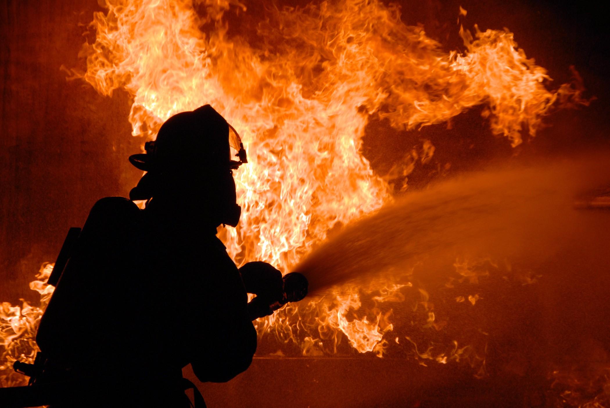 Харьков в XXI веке. 22 апреля – сильный пожар унес жизни целой семьи и их знакомой
