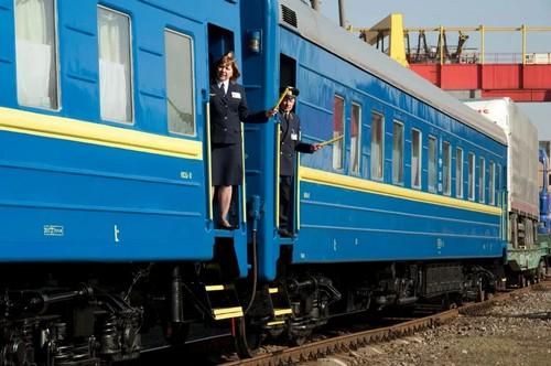 На майские праздники скоростная электричка из Харькова будет курсировать чаще