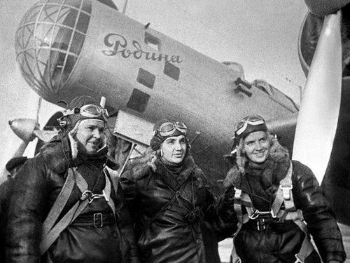 27 апреля в истории Харькова: родилась легендарная харьковчанка, совершившая рекордный полет