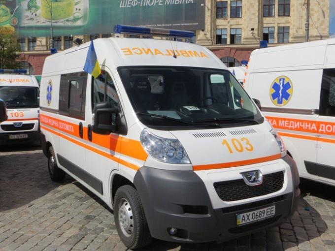 На Харьковщине бригаде «скорой» понадобилась экстренная помощь (фото)