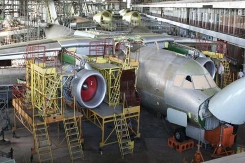 На проблемном харьковском заводе начали выплачивать долги по зарплате