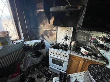 В Харькове женщина едва не лишилась жилья из-за стихии (фото)
