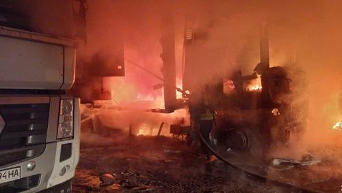 Масштабный пожар под Харьковом: озвучены подробности (фото)