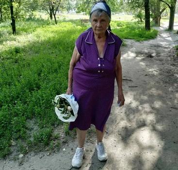 В Харькове старушка заблудилась на кладбище