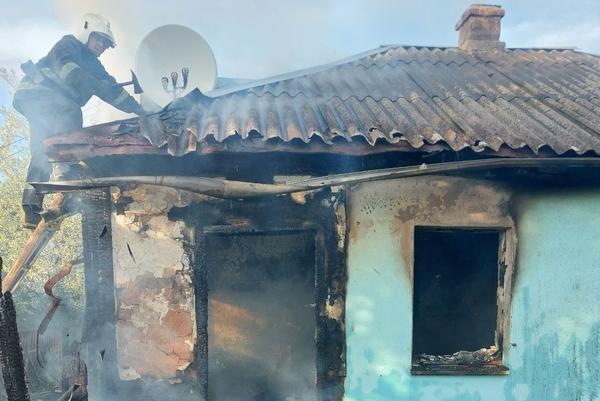 Происшествие на Харьковщине: женщина получили травмы в собственном доме (фото)