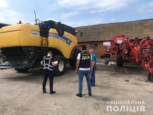 Банда из Харькова разоряла фермеров (фото)